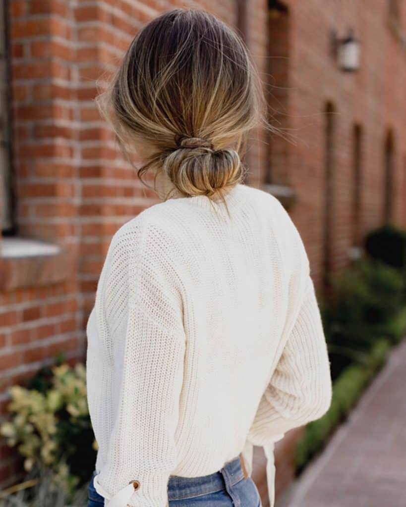 messy bun - Hairstyles Without Heat