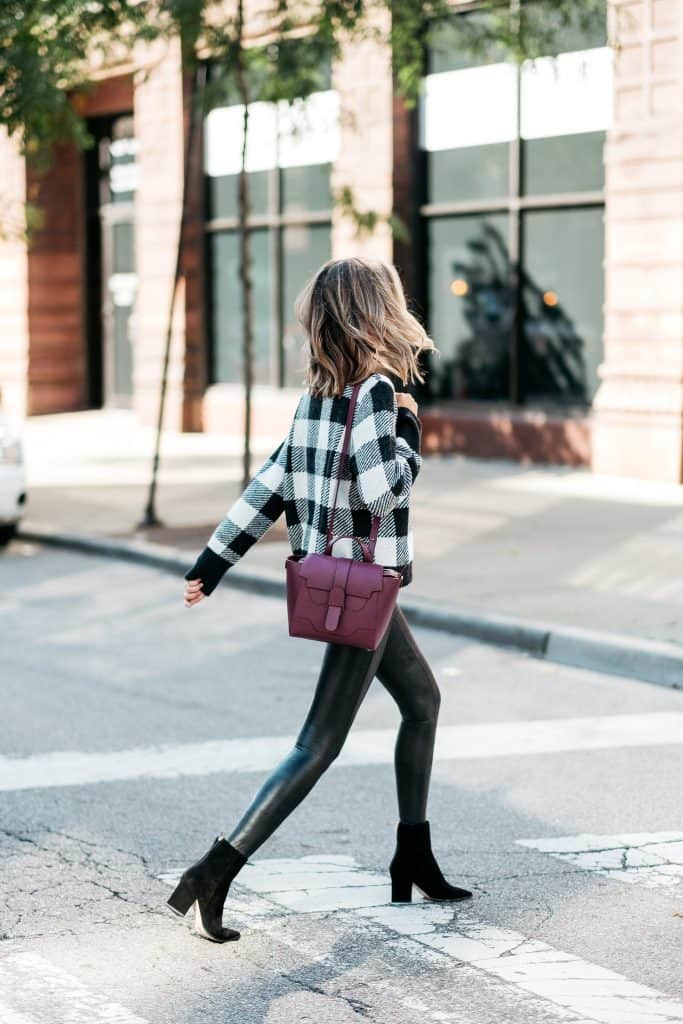 5 Comfy Outfits With Leggings