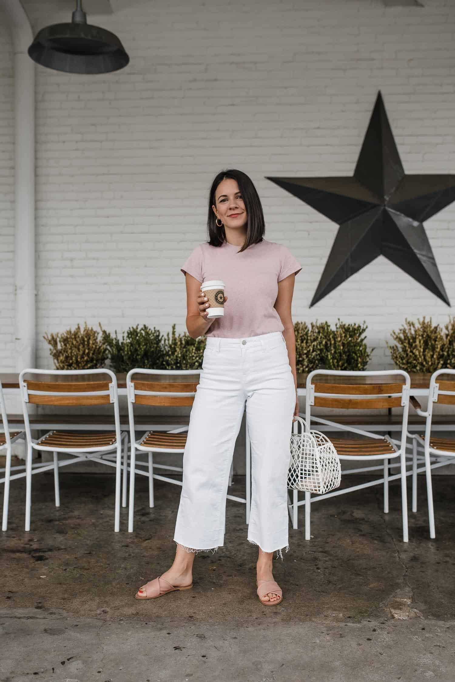 how to style white jeans for summer