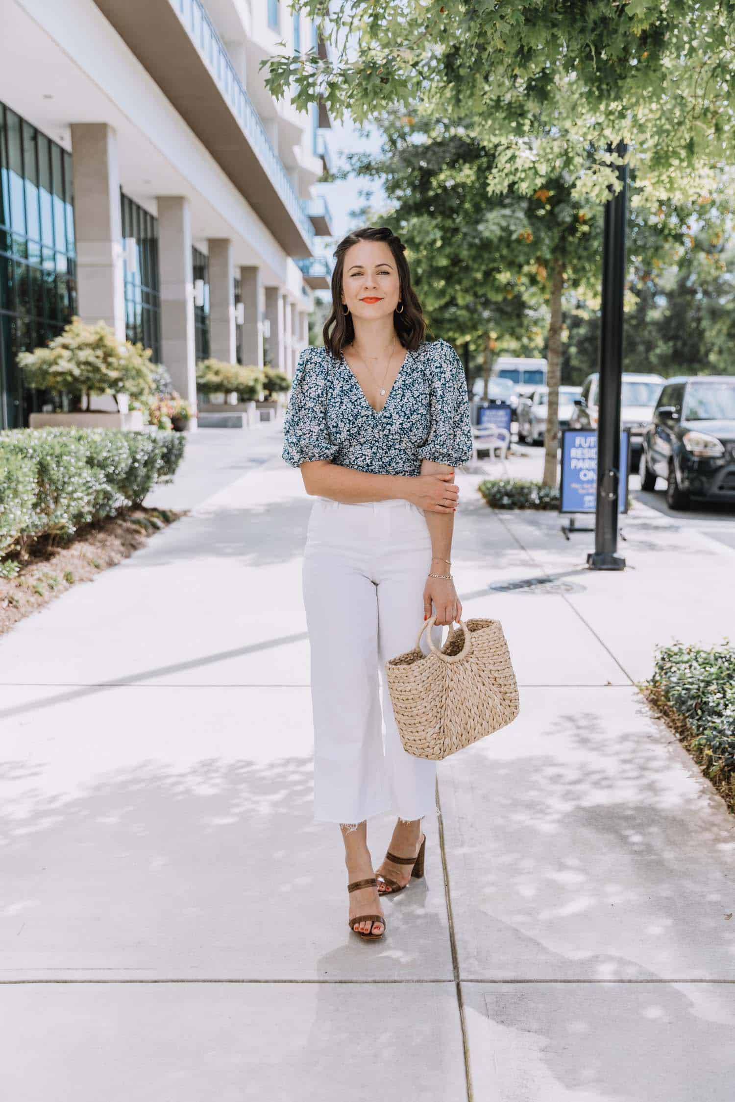 blue floral puff sleeve top