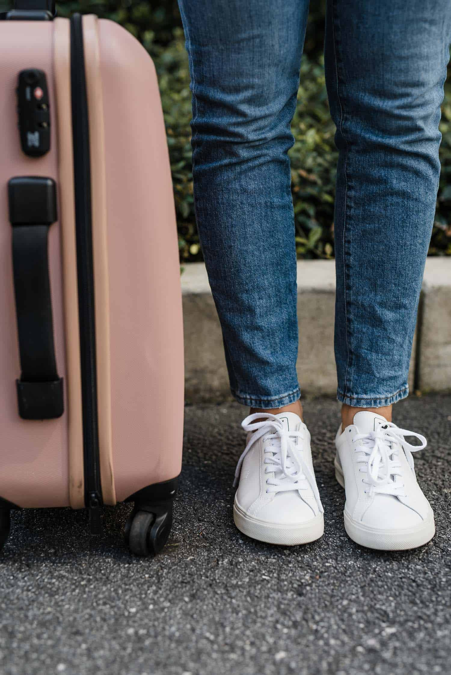 Best Travel Shoes For Women