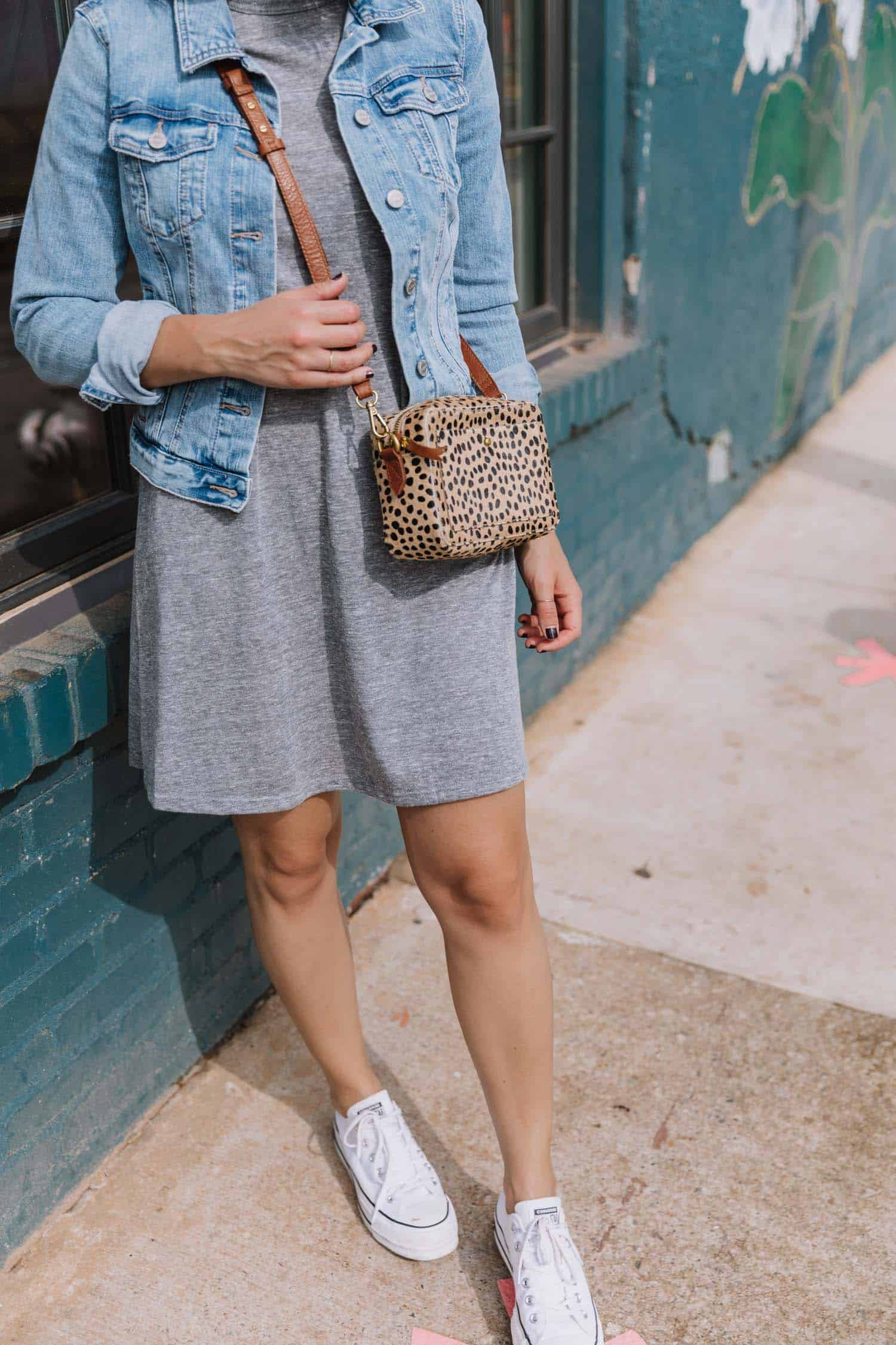 t-shirt dress outfit ideas for spring and fall