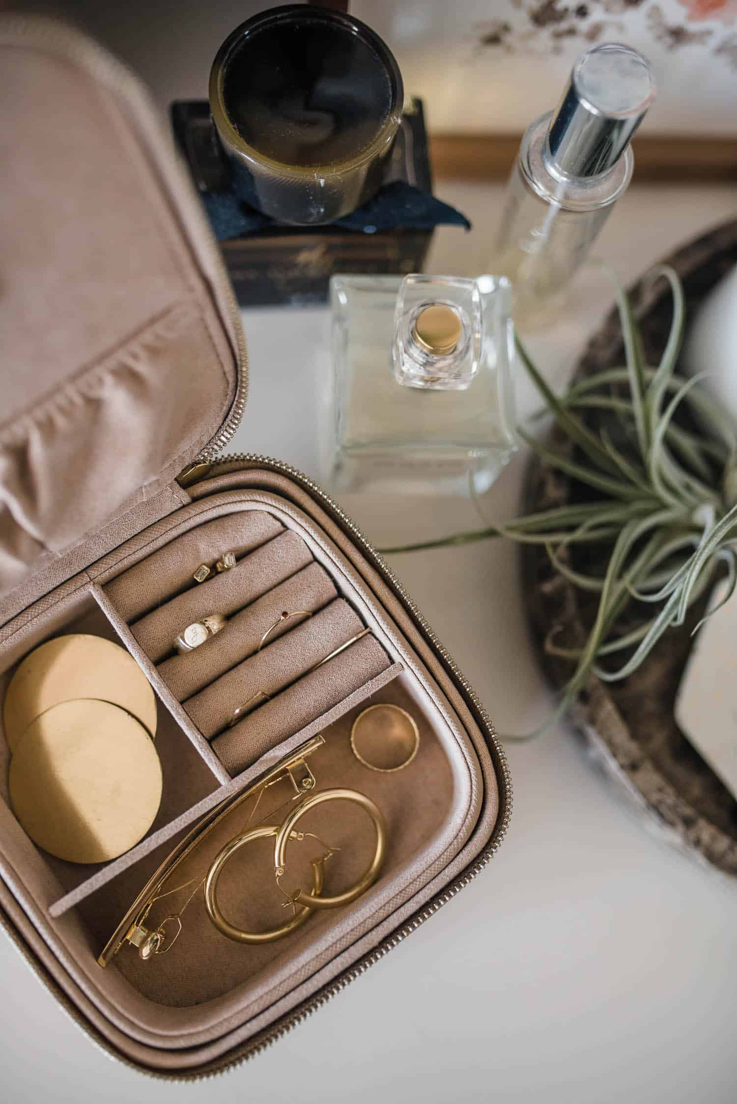 The Daily Edited Travel Jewelry Case
