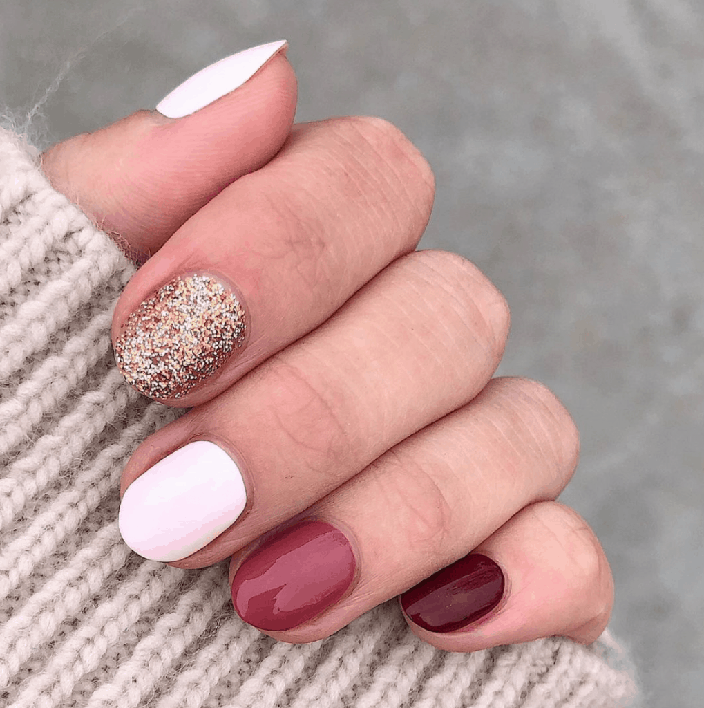 Best In Holiday Nail Ideas