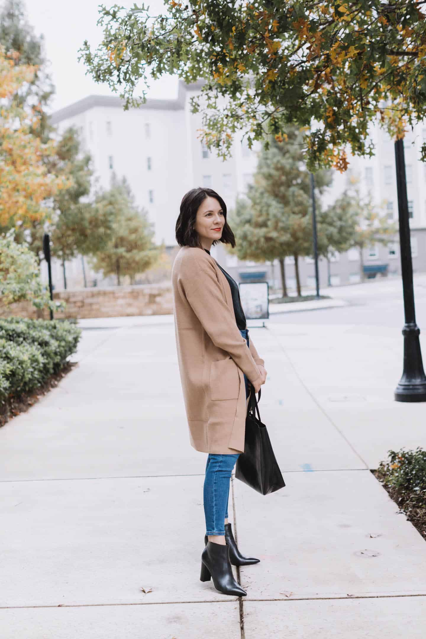 What Im Shopping At The Express Sale | camel cardigan and black booties