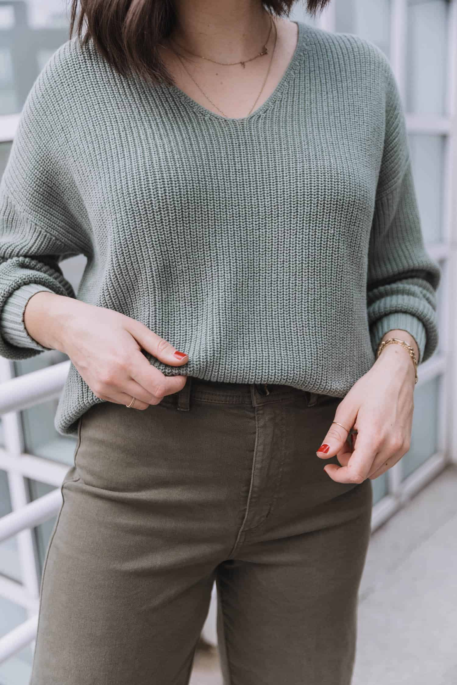 sweater and wide leg jeans outfit