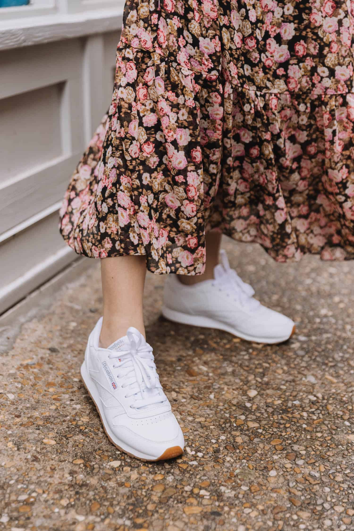 how to wear dress and sneakers