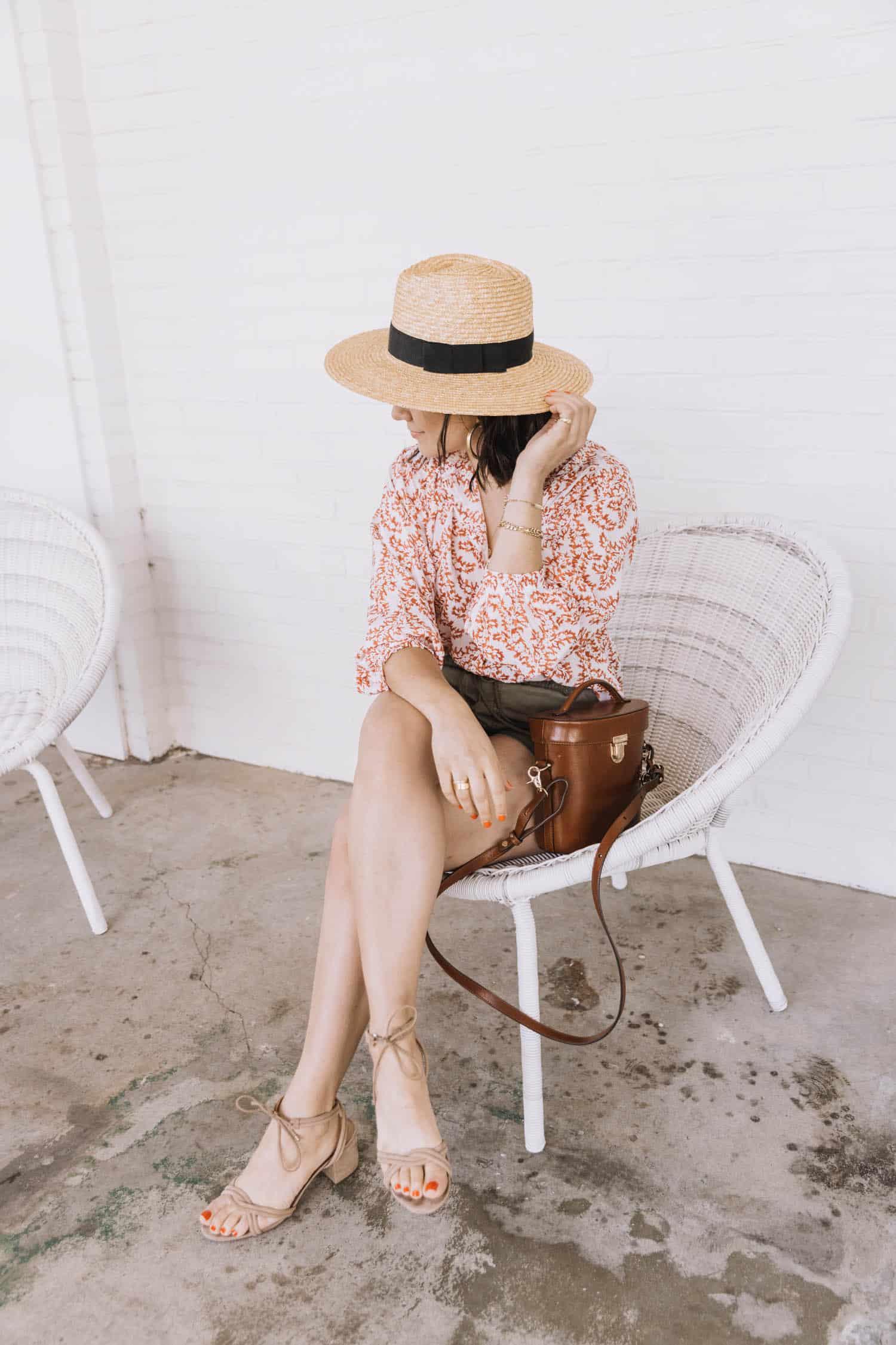 straw hat fashion inspo