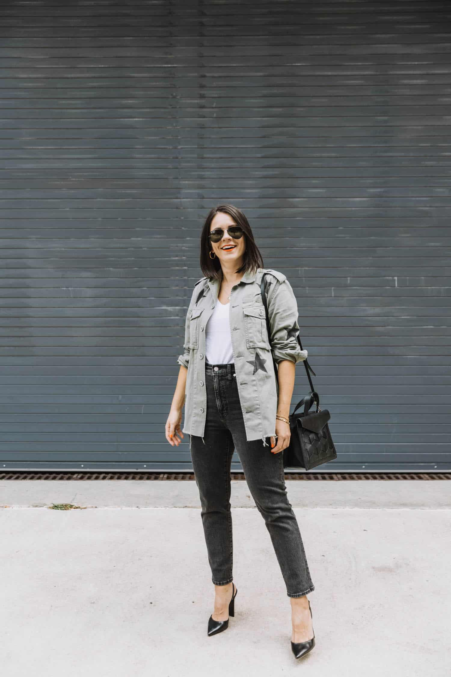 Utility jacket outfit ideas for fall